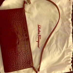 Salvatore Ferragamo crocodile purse - Burgundy